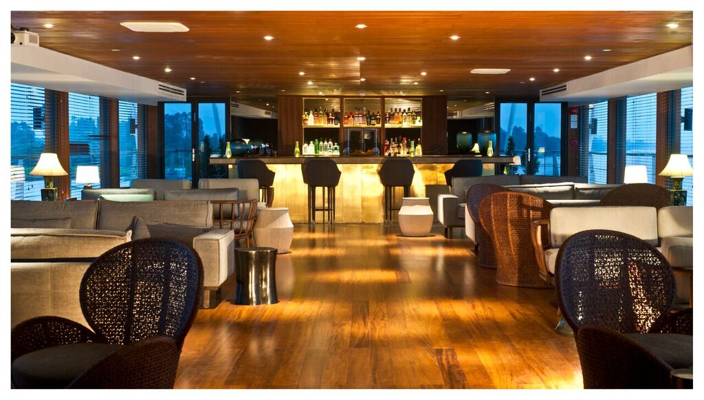 Custom yacht AQUA MEKONG - 002