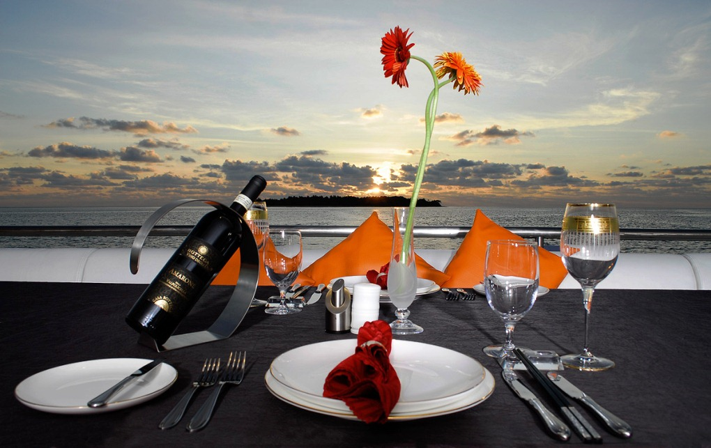 DHAAINKAN BAA  Sunset dining