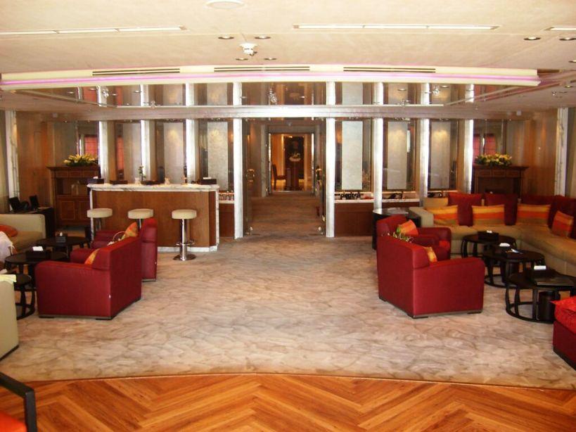 Delma Lounge