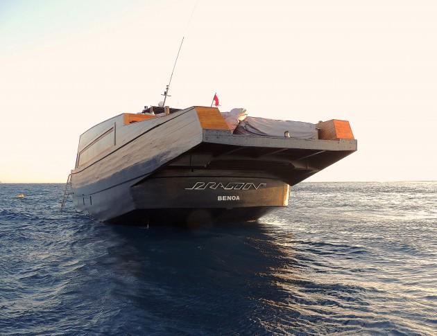 Dragoon 130 yacht - aft