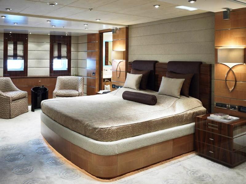 Dream On -  Master Stateroom