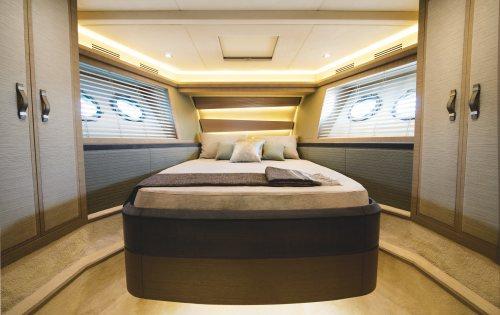 ESMERALDA OF LONDON -  VIP Cabin