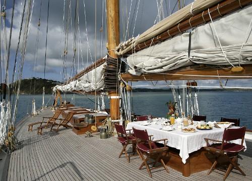 Eleoonora - Deck Dining 2