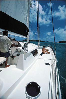Eleuthera60-sail2