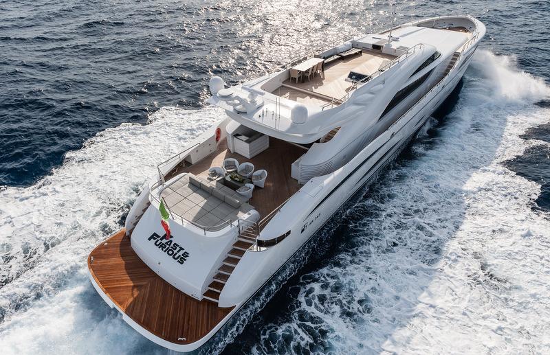 FAST & FURIOUS Yacht - Decks