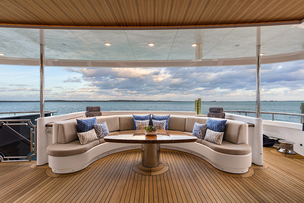 Feadship yacht BROADWATER - Aft deck seating