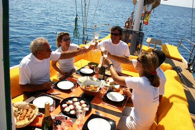 Fortuna -  Dining El Fresco