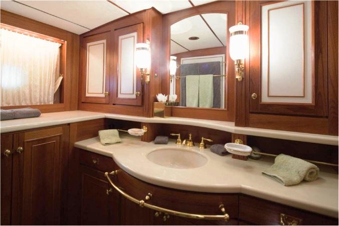 GALILEO G -  Guest Bathroom
