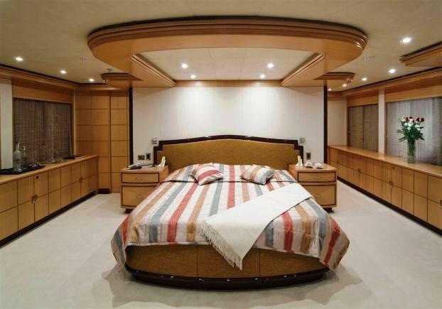 GOLDEN HORN -  Master Cabin