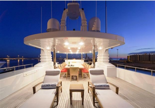 GOLDEN HORN -  Sun deck
