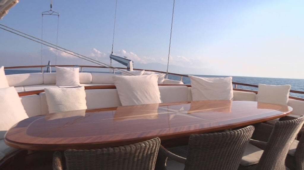 Gulet CARPE DIEM V -  Aft Deck Dining