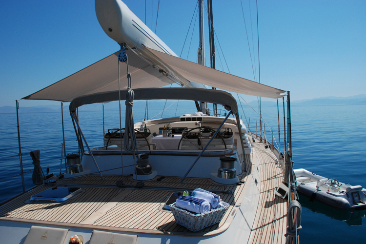 HANSEAT IV -   On deck with Bimini