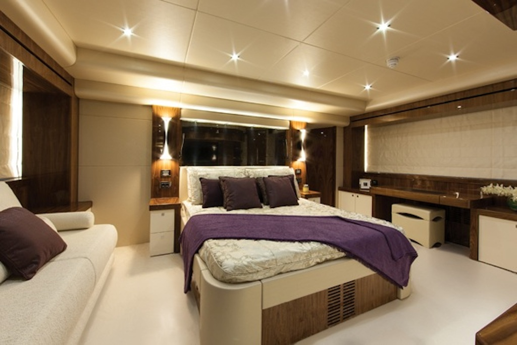 High Energy yacht - Master suite