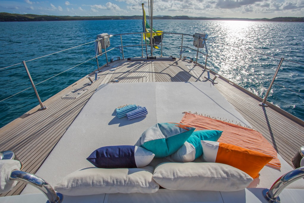 JUPITER Sailing Yacht - Aft sunpads