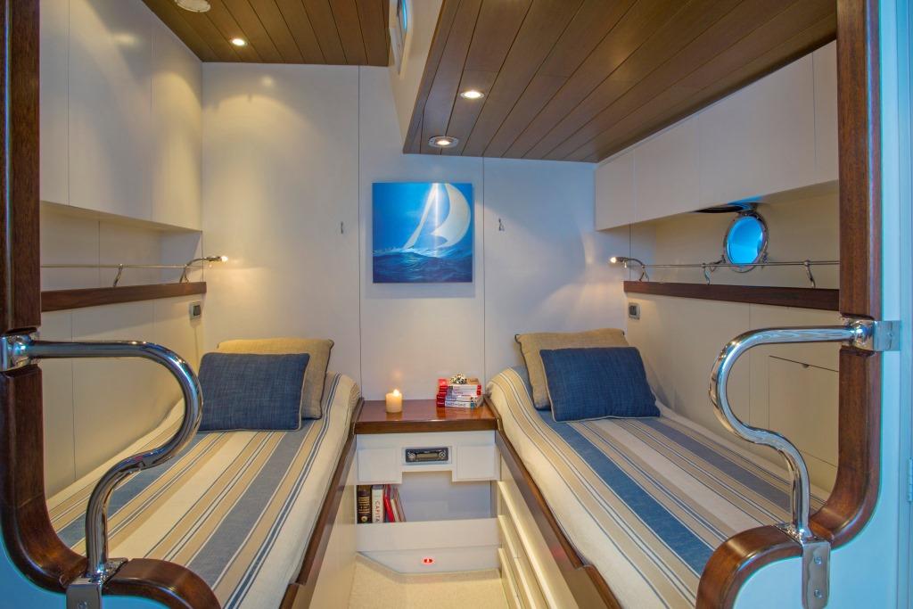 JUPITER Sailing yacht - Twin cabin