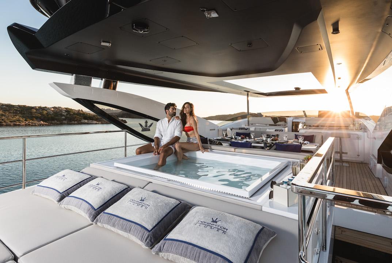 Yacht KALLIENTE, Dominator   CHARTERWORLD Luxury Superyacht Charters