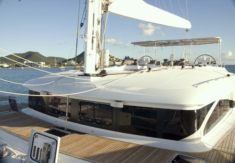 LADY BOU BOU -  Foredeck looking Aft