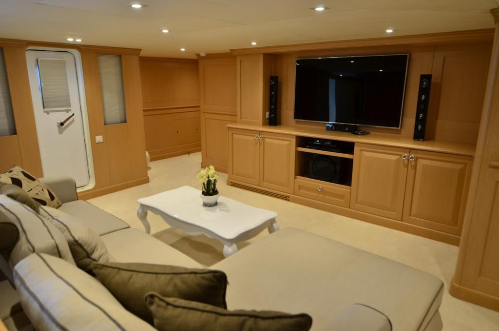 LADY KATERINA -  Sitting Room