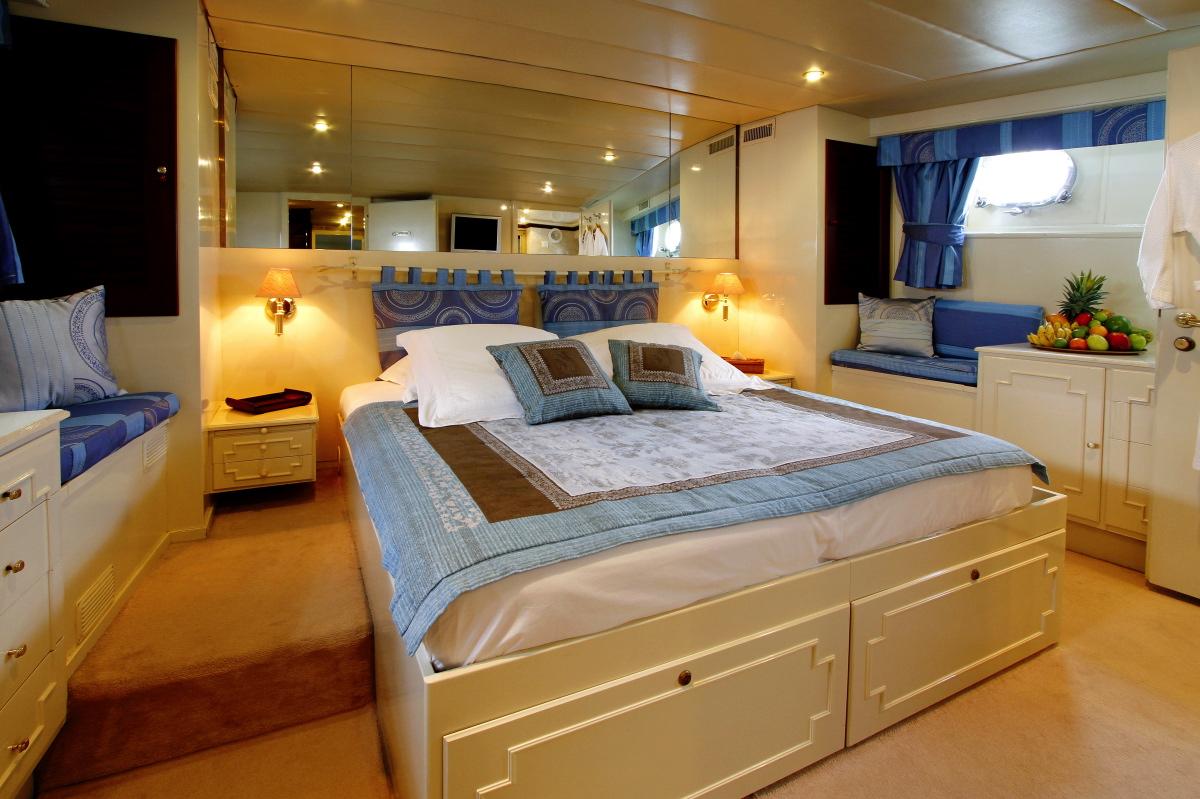 LE KIR ROYAL -  VIP Cabin