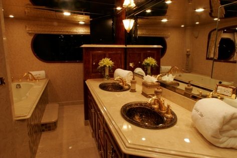 LEIGHT STAR - Master Stateroom Ensuite