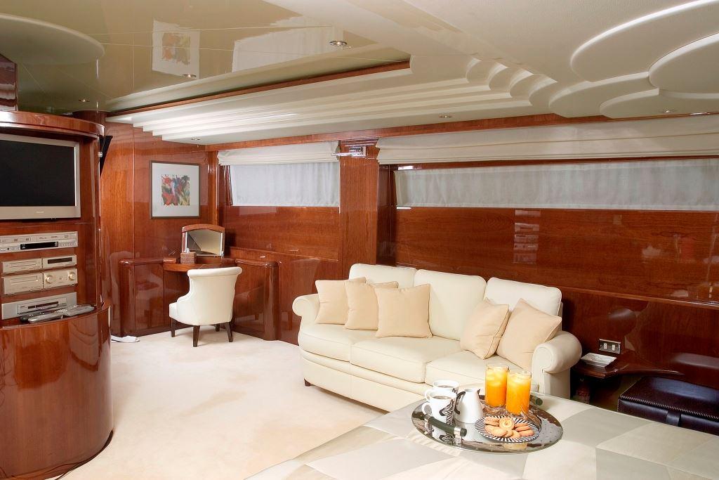 LET IT BE -  Salon Lounge
