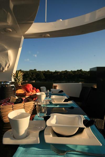 LOR -   Sun Deck Dining