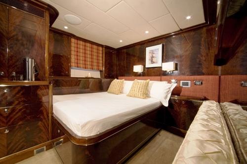 LUDYNOSA.G -  Double Cabin