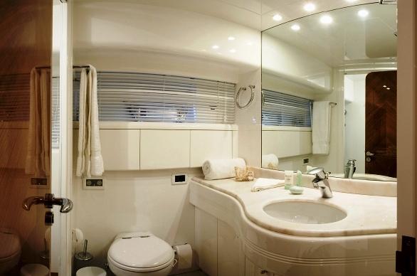 Lasha La -  Bathroom