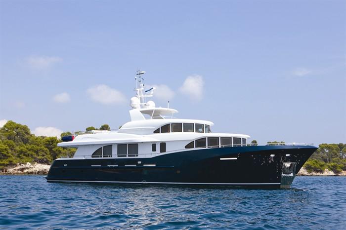 Luxury charter explorer yacht BELLE ISLE by Kingship