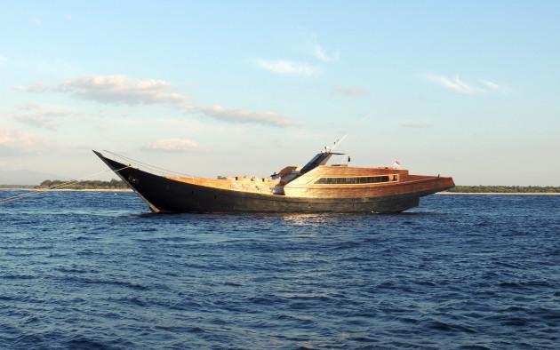 Luxury phinisi yacht Dragoon 130