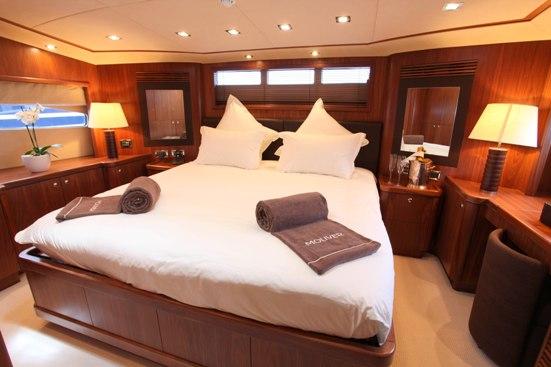 MOLIVER -  VIP Cabin