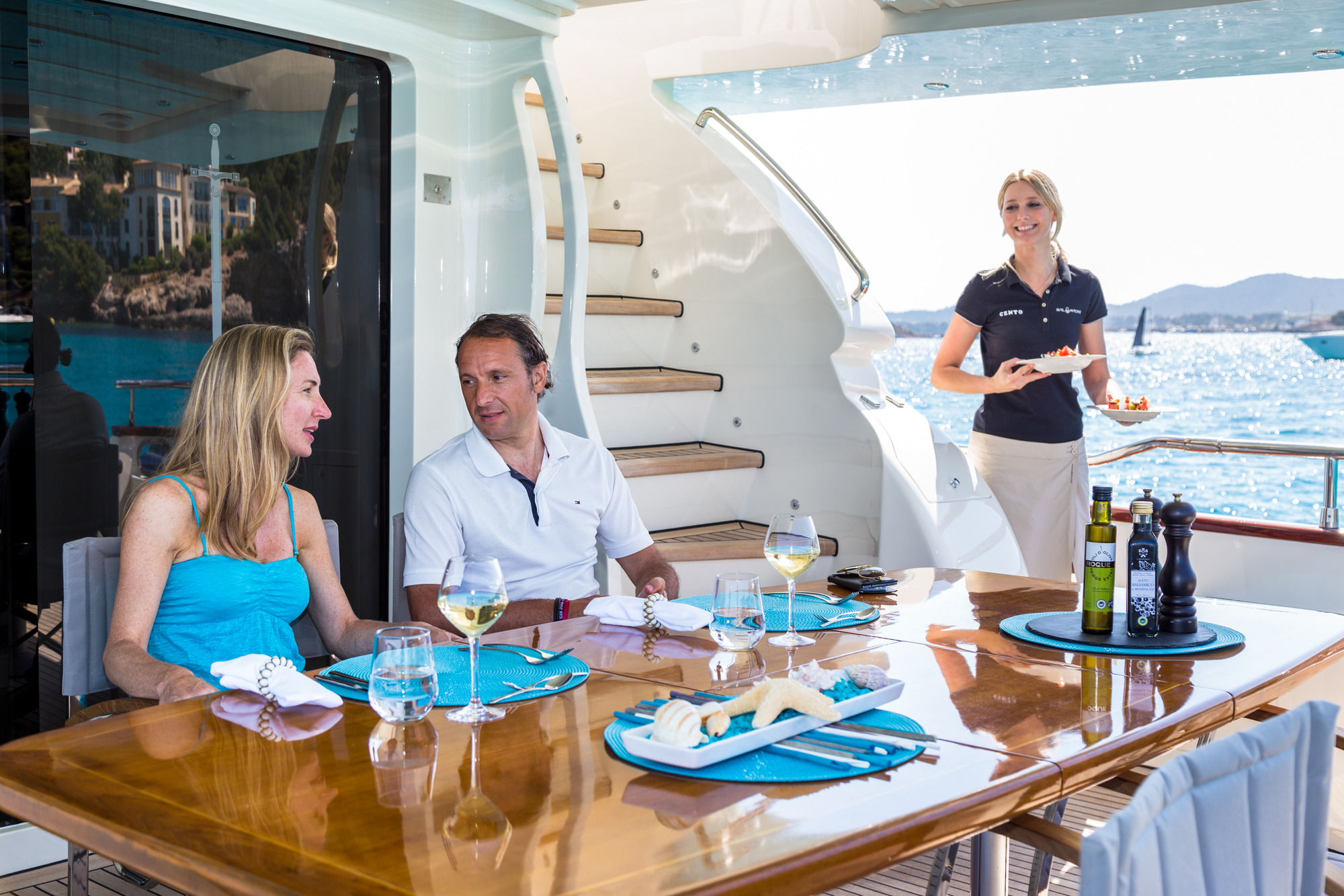 MY CENTO BY EXCALIBUR - Aft deck alfresco dining