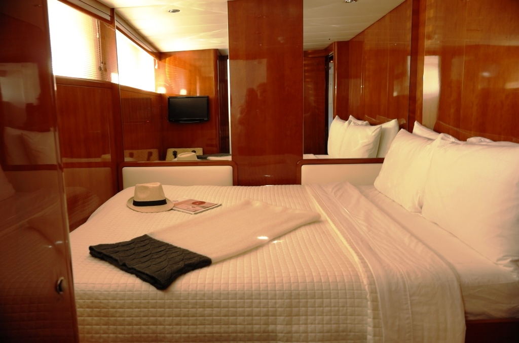 MY MOONRAKER - Guest double cabin