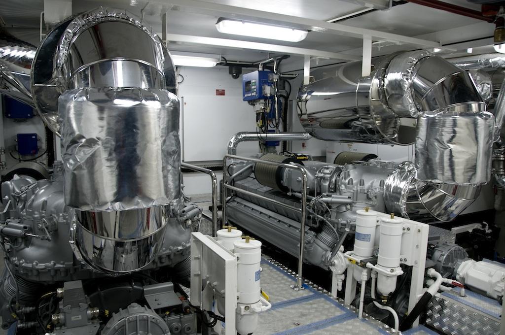 MY Noor Engine Room