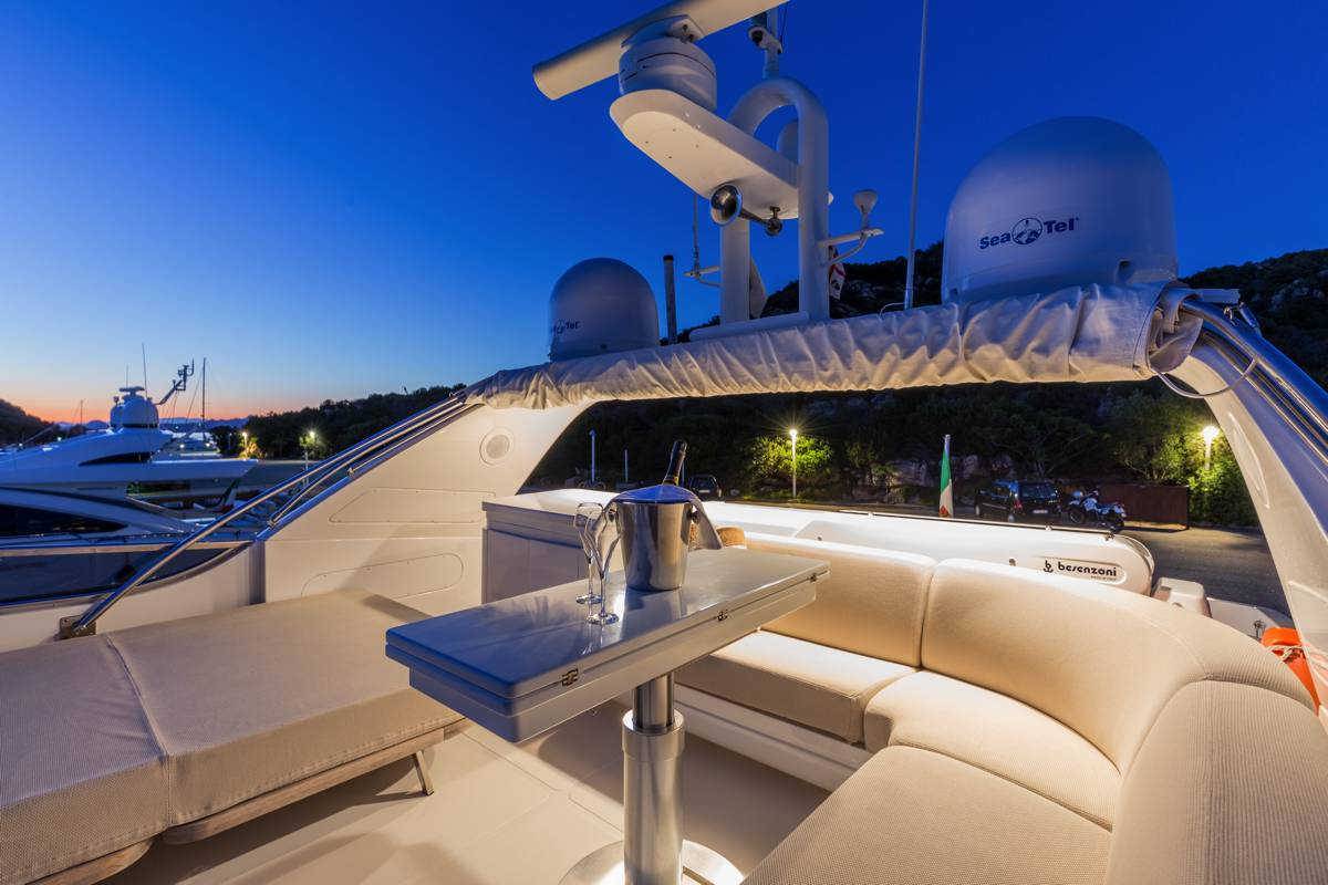 MY SERENITY III - Upper deck by night