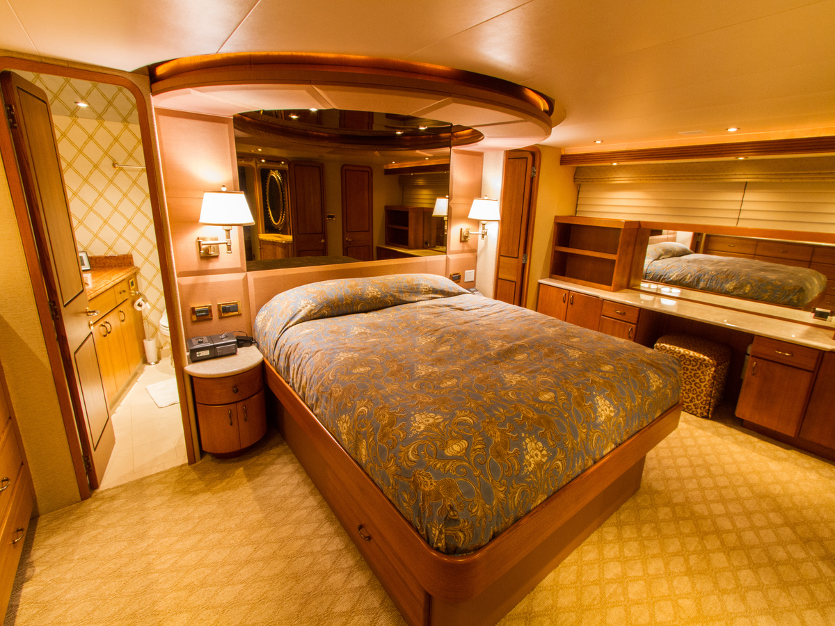 MY WENDY 1 - Master stateroom