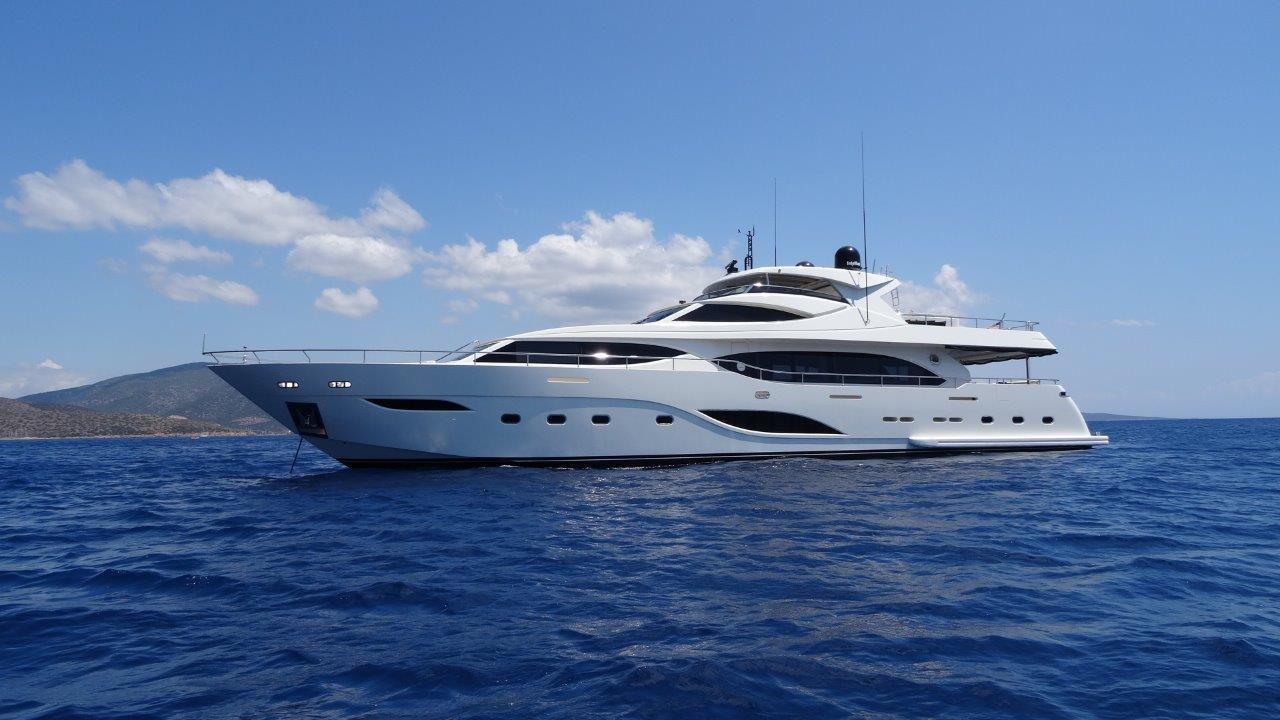 MY Y - Yacht 2