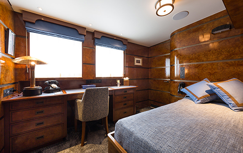MY Yacht MALAHNE - Day cabin master suite