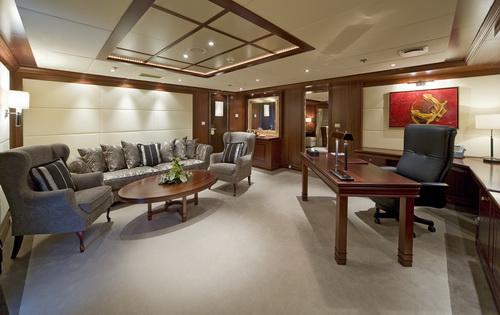 Master Suite Private Salon