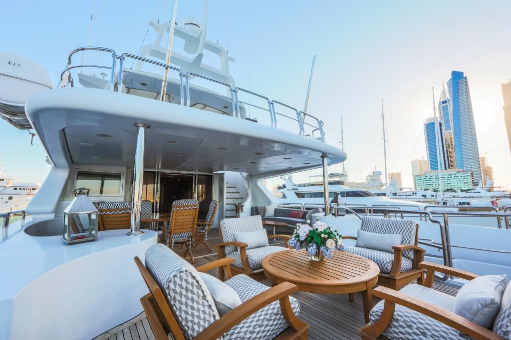 Motor Yacht DXB - Upper deck