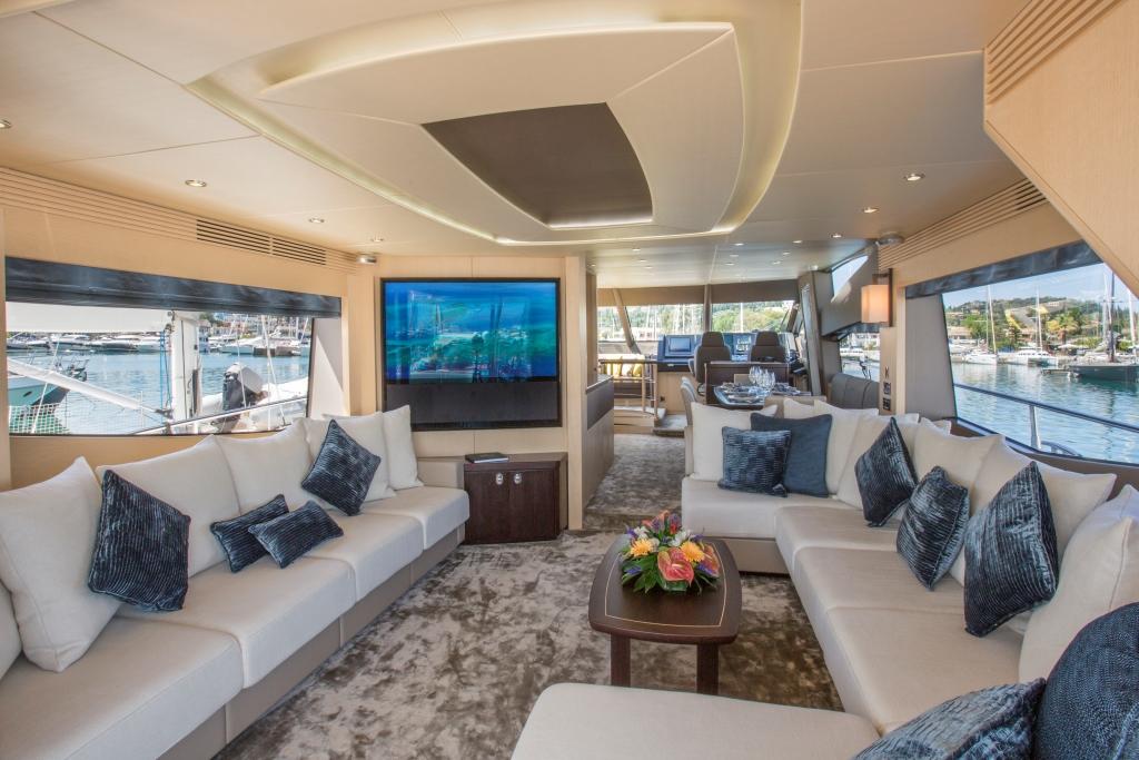 Motor Yacht FINEZZA - Salon