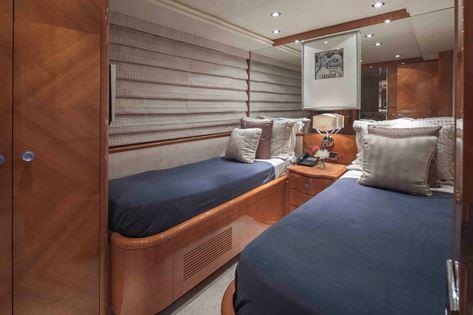 Motor Yacht GRAND BAROSSA - Twin Cabin