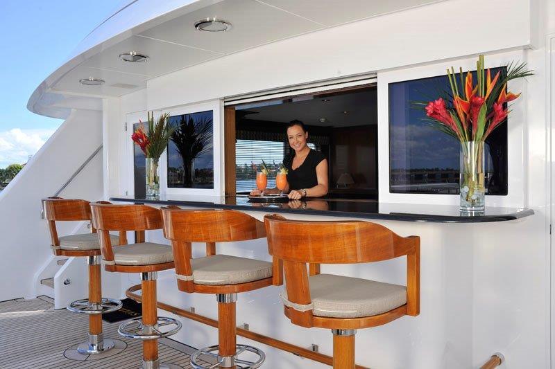 Motor Yacht GRAVITAS -  Upper deck bar