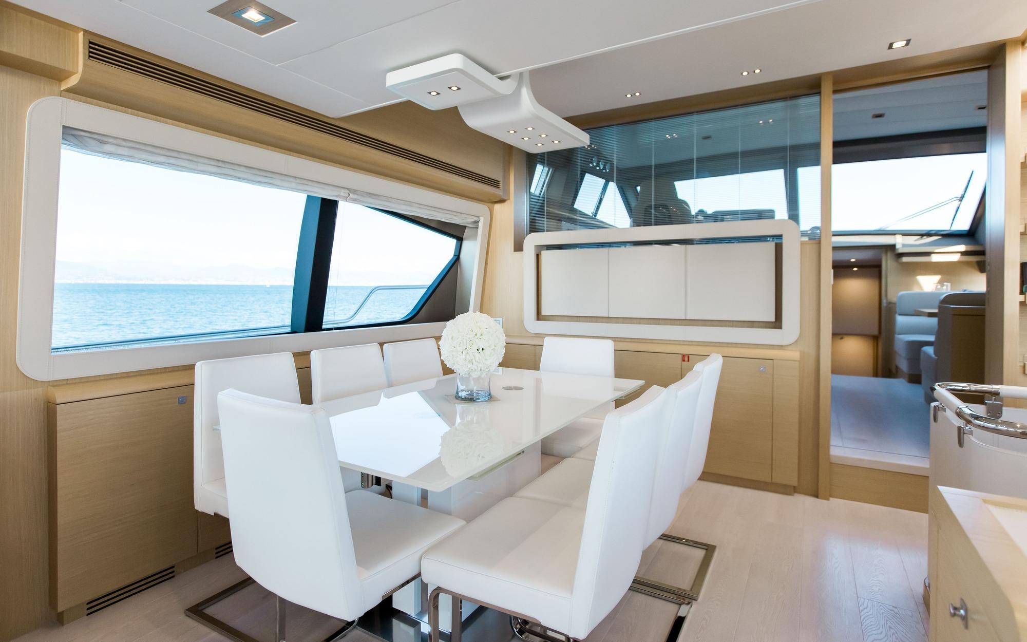 Motor Yacht IGELE - Formal dining