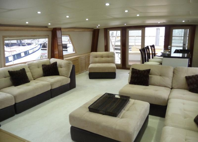 Motor Yacht JUSTINE -  Main Salon looking Aft