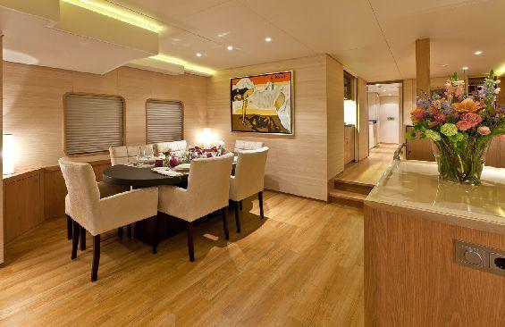 Motor Yacht LARS -  Dining area