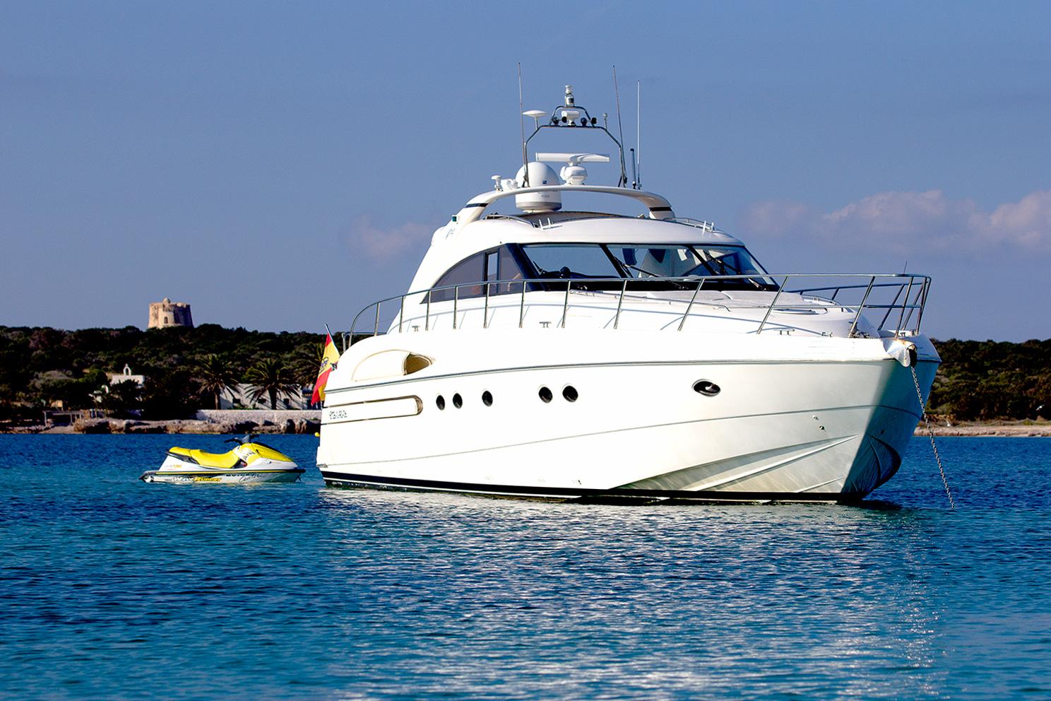 Motor Yacht MANZANA - 001