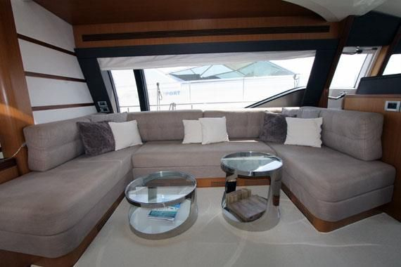 Motor Yacht ONE MORE TIME - Salon lounge