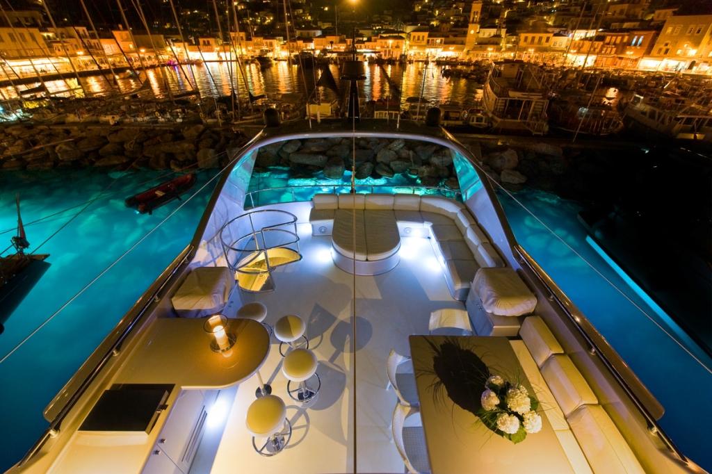 Motor Yacht PANDION - Sundeck by night