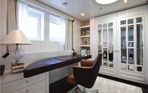 Motor Yacht Quinta Essentia -  Owners Cabin private office